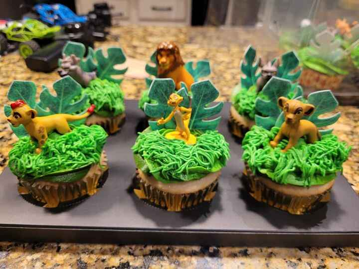 Thanks for your order,  Ms. Teri! They were so fun to make. Happy Birthday,  Rebecca!